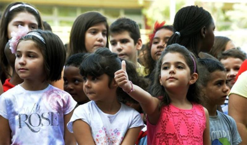 καταργούν τις τάξεις για τα προσφυγόπουλα